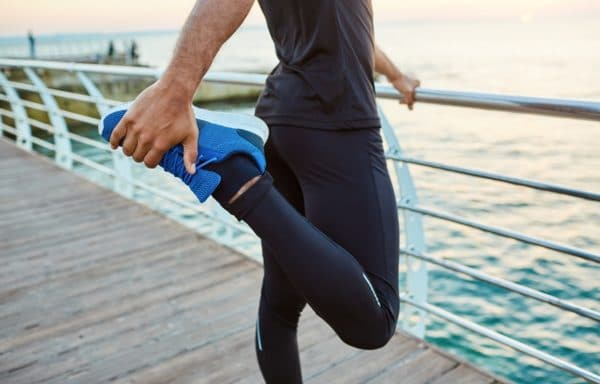 Como aliviar os sintomas da síndrome das pernas inquietas?